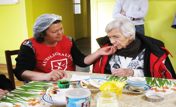 Assisting the Elderly, Chile