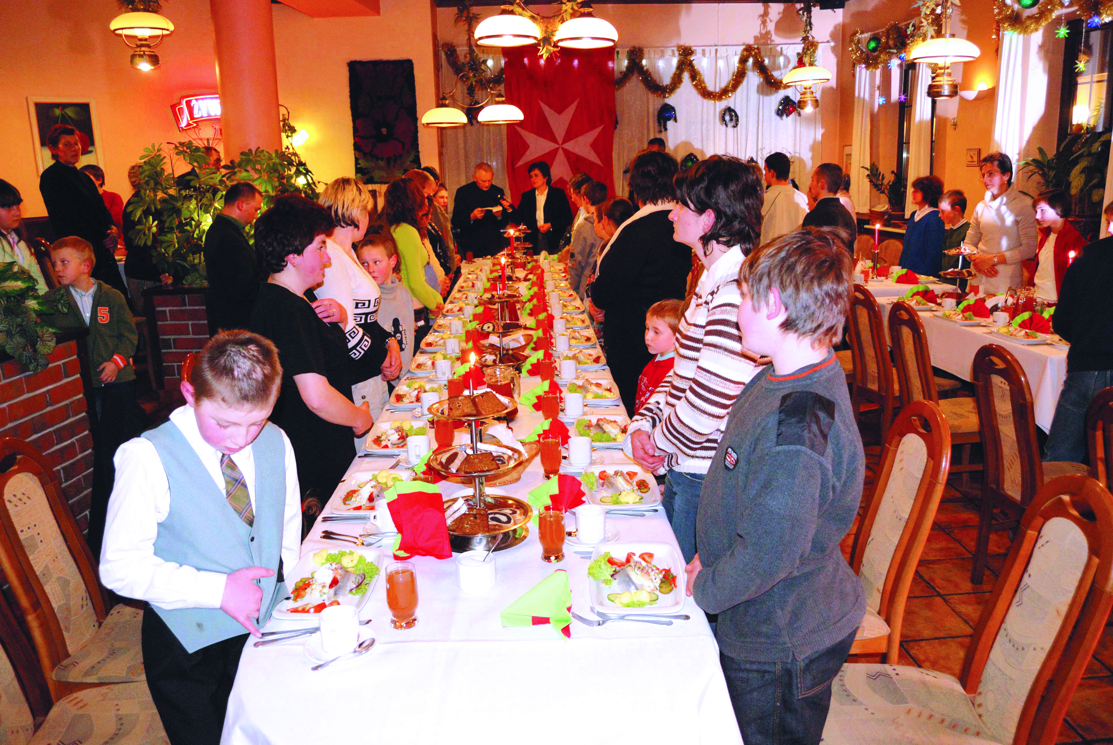 Christmas Community Support, Poland, Polish Association