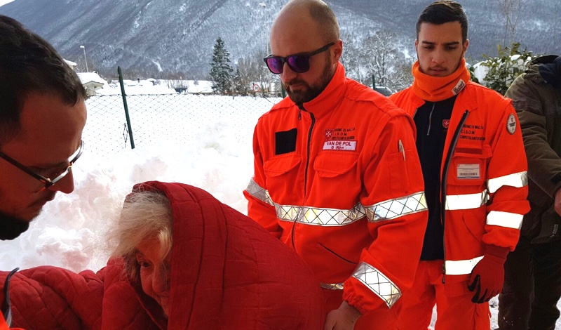 The Italian Relief Corps Assists Avalanche Victims